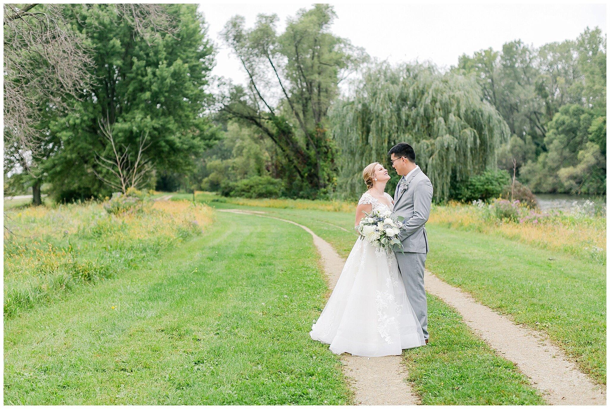 the_lageret_stoughton_wisconsin_wedding_madison_wisconsin_wedding_photographers_0240.jpg