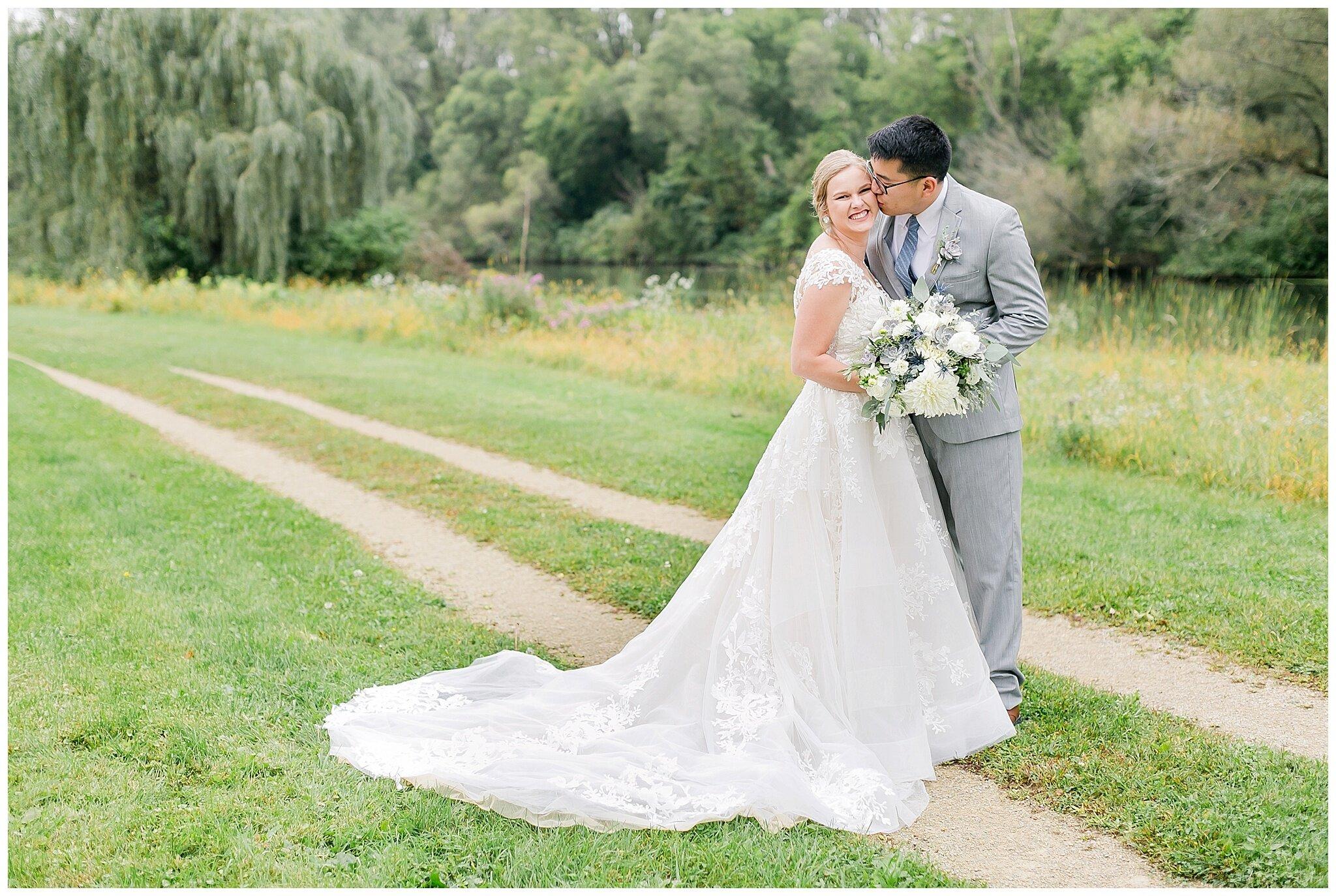 the_lageret_stoughton_wisconsin_wedding_madison_wisconsin_wedding_photographers_0251.jpg