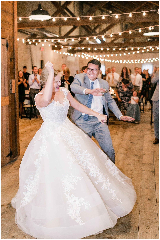 the_lageret_stoughton_wisconsin_wedding_madison_wisconsin_wedding_photographers_0266.jpg