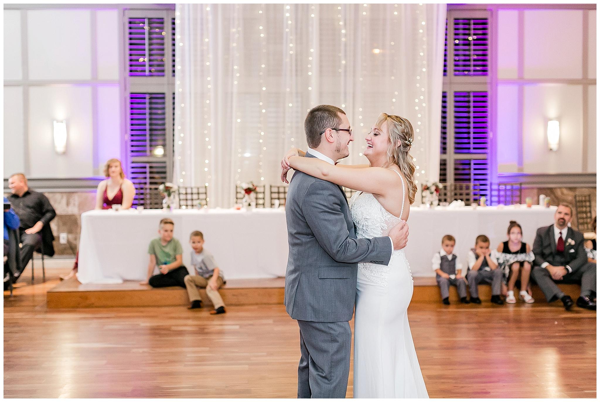 noahs_event_venue_sun_pairie_madison_wisconsin_wedding_photographers_0318.jpg