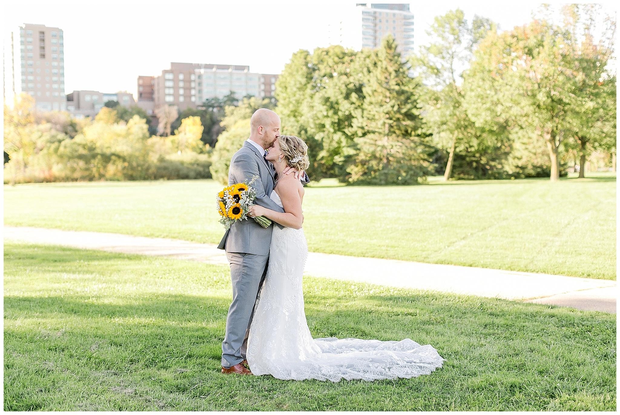 Venue_at_Milwaukee_Brewing_Company_wedding_milwaukee_wisconsin_0371.jpg