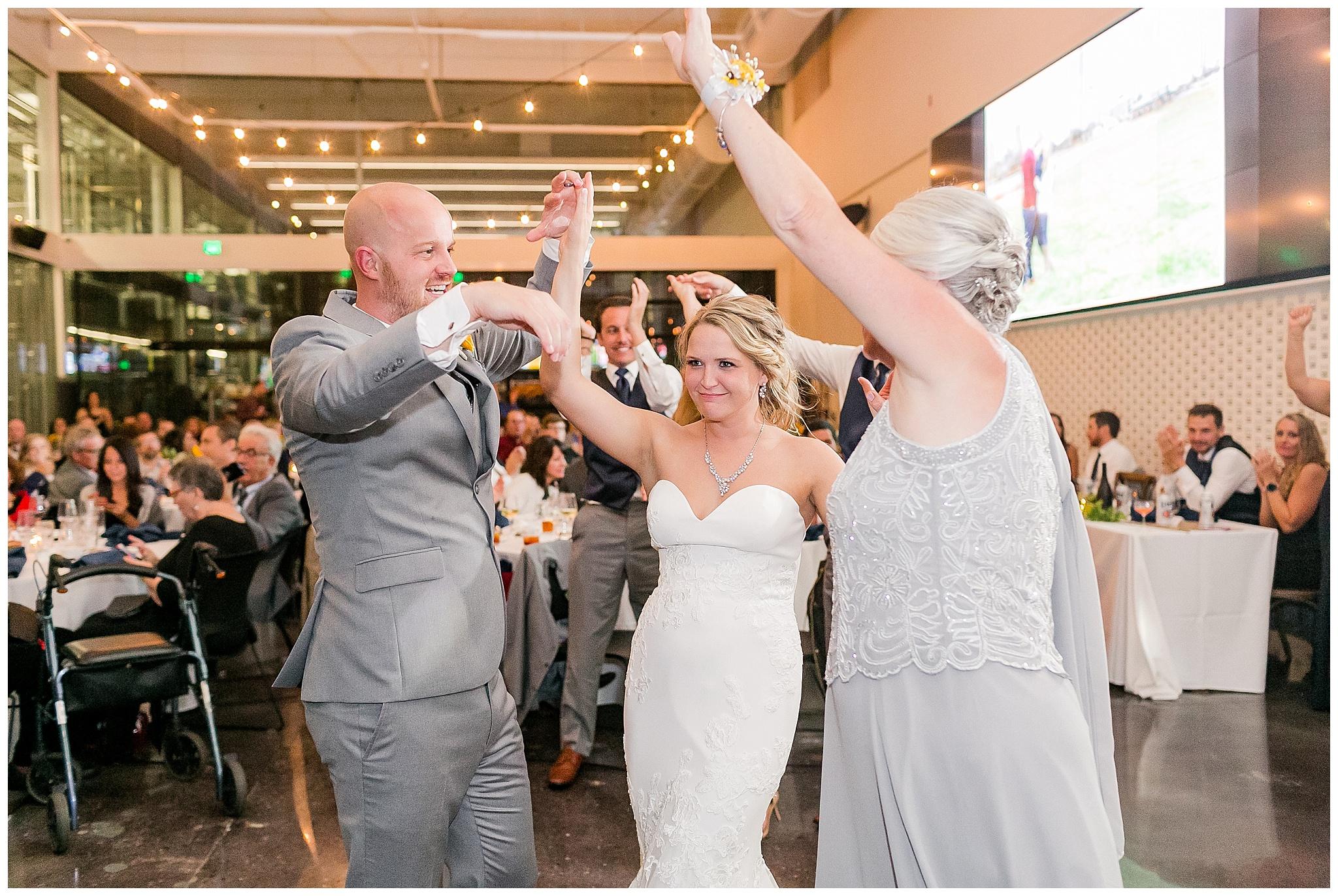 Venue_at_Milwaukee_Brewing_Company_wedding_milwaukee_wisconsin_0399.jpg