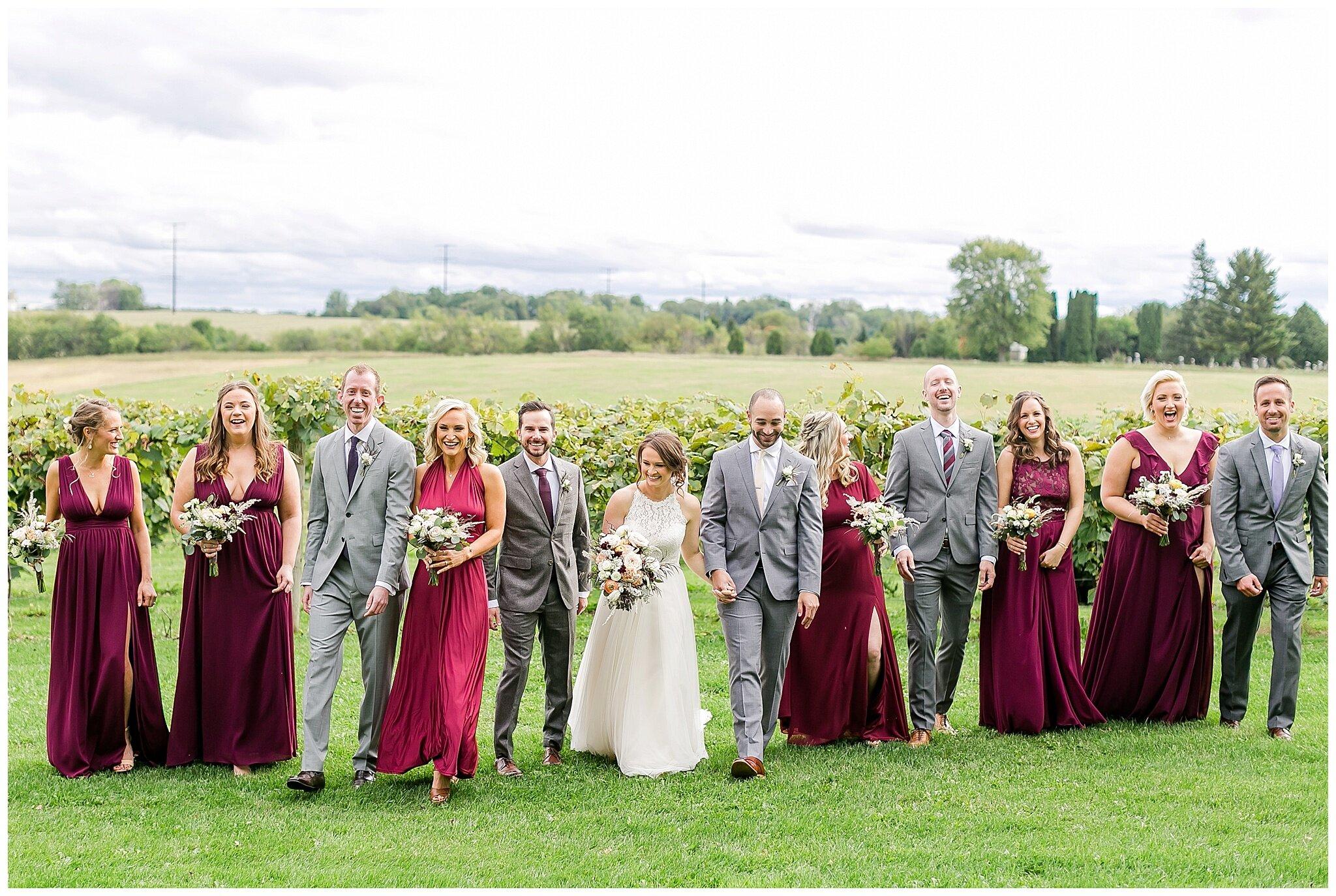 over_the_vines_edgerton_wisconsin_wedding_madison_wisconsin_photographer_0440.jpg