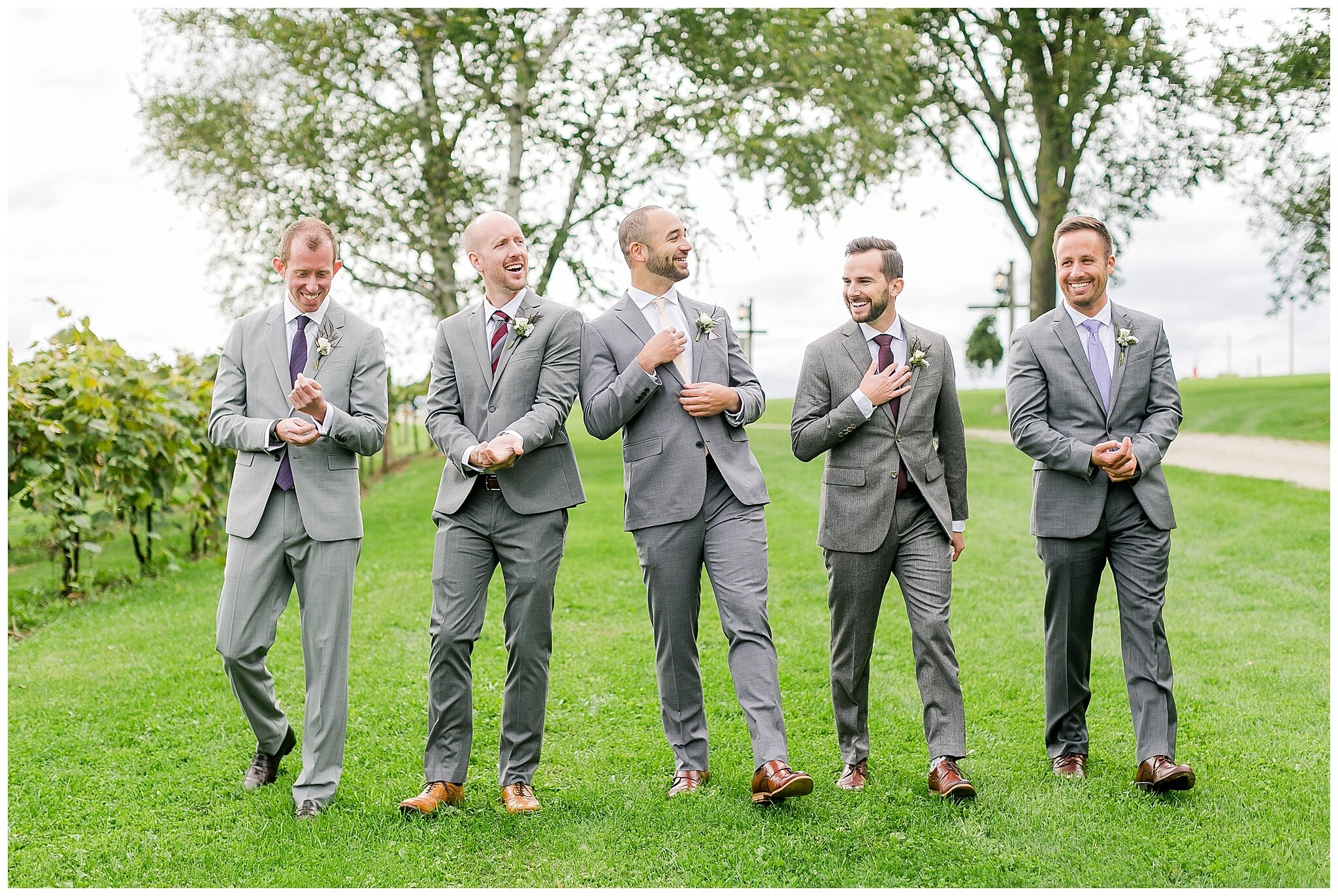 over_the_vines_edgerton_wisconsin_wedding_madison_wisconsin_photographer_0444.jpg