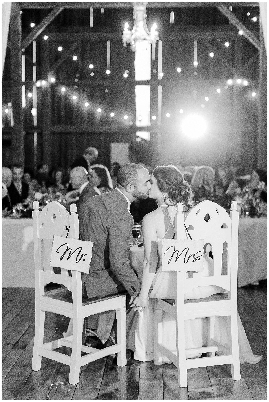 over_the_vines_edgerton_wisconsin_wedding_madison_wisconsin_photographer_0467.jpg