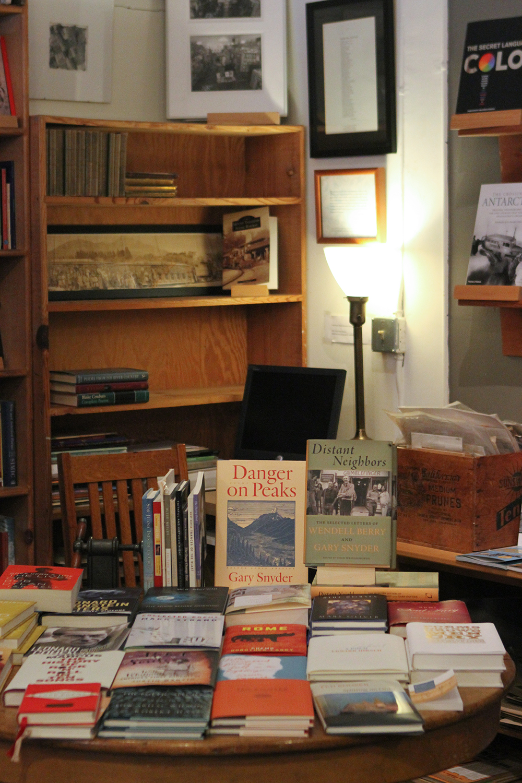 Point-Reyes-Books-5.jpg