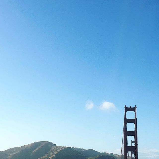 Almost not a cloud in the sky. #goldengate