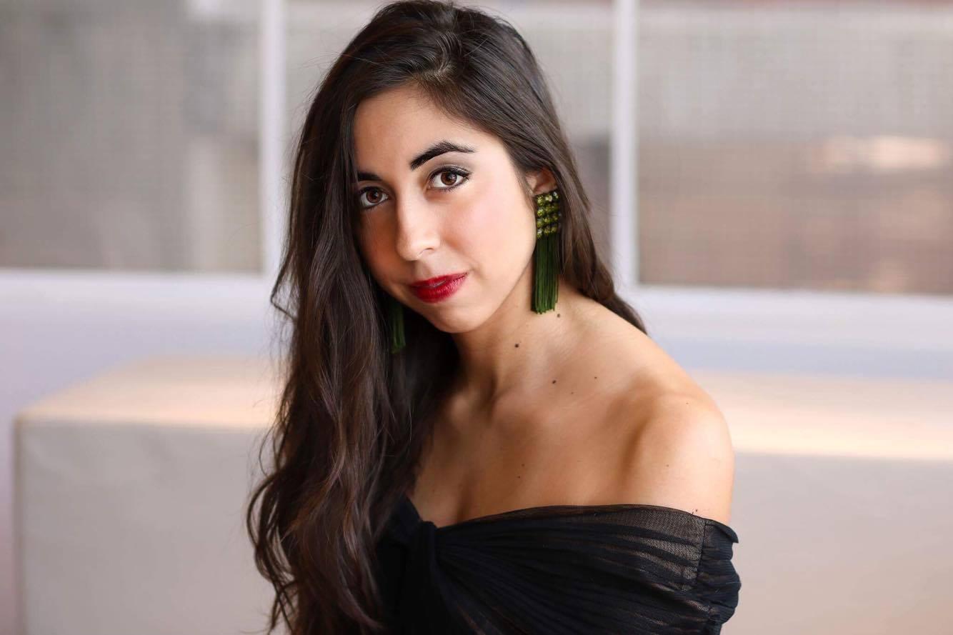 Eugenia Forteza, Soprano Headshot 2018.jpg