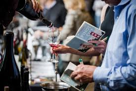 pouring for pinot in the city.jpg