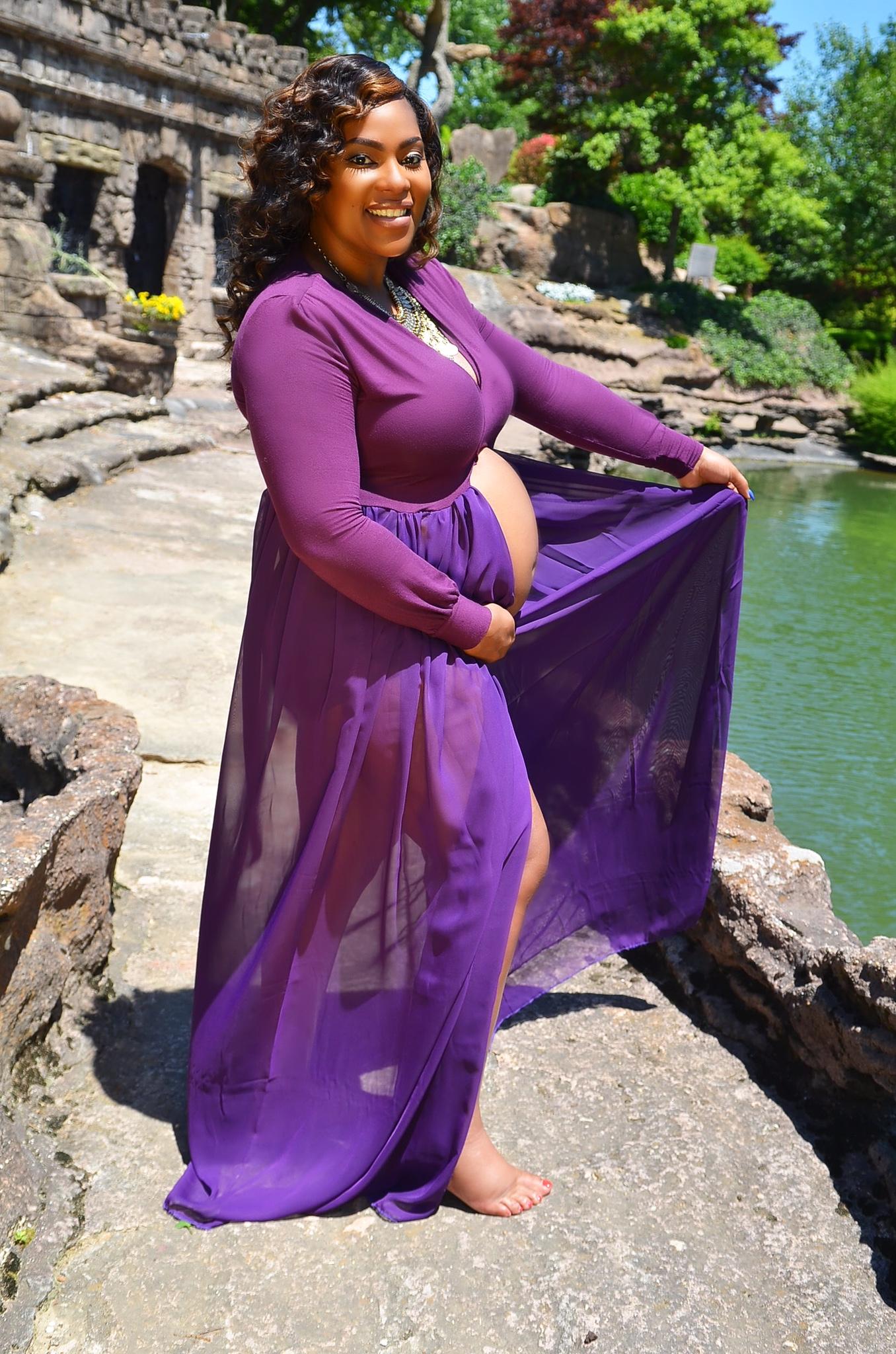 Andrea-Fenise-Maternity-Style-Dress