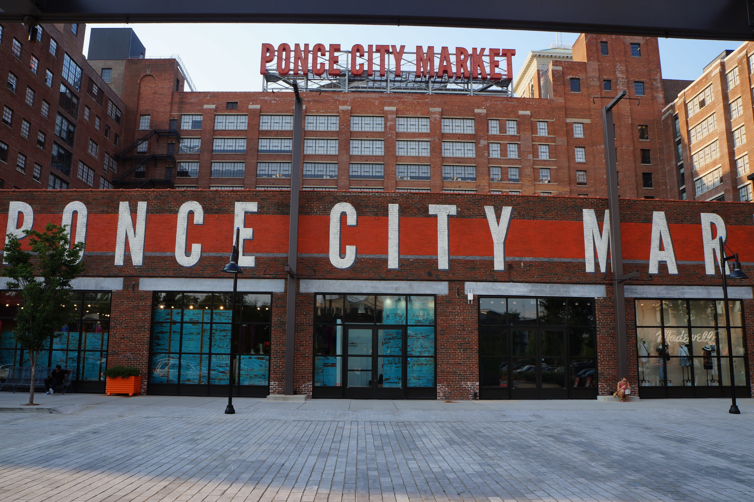 Andrea Fenise traveling blogger visits Ponce City Market Atlanta