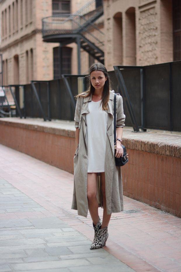 Andrea Fenise shares light trench coat style inspiration