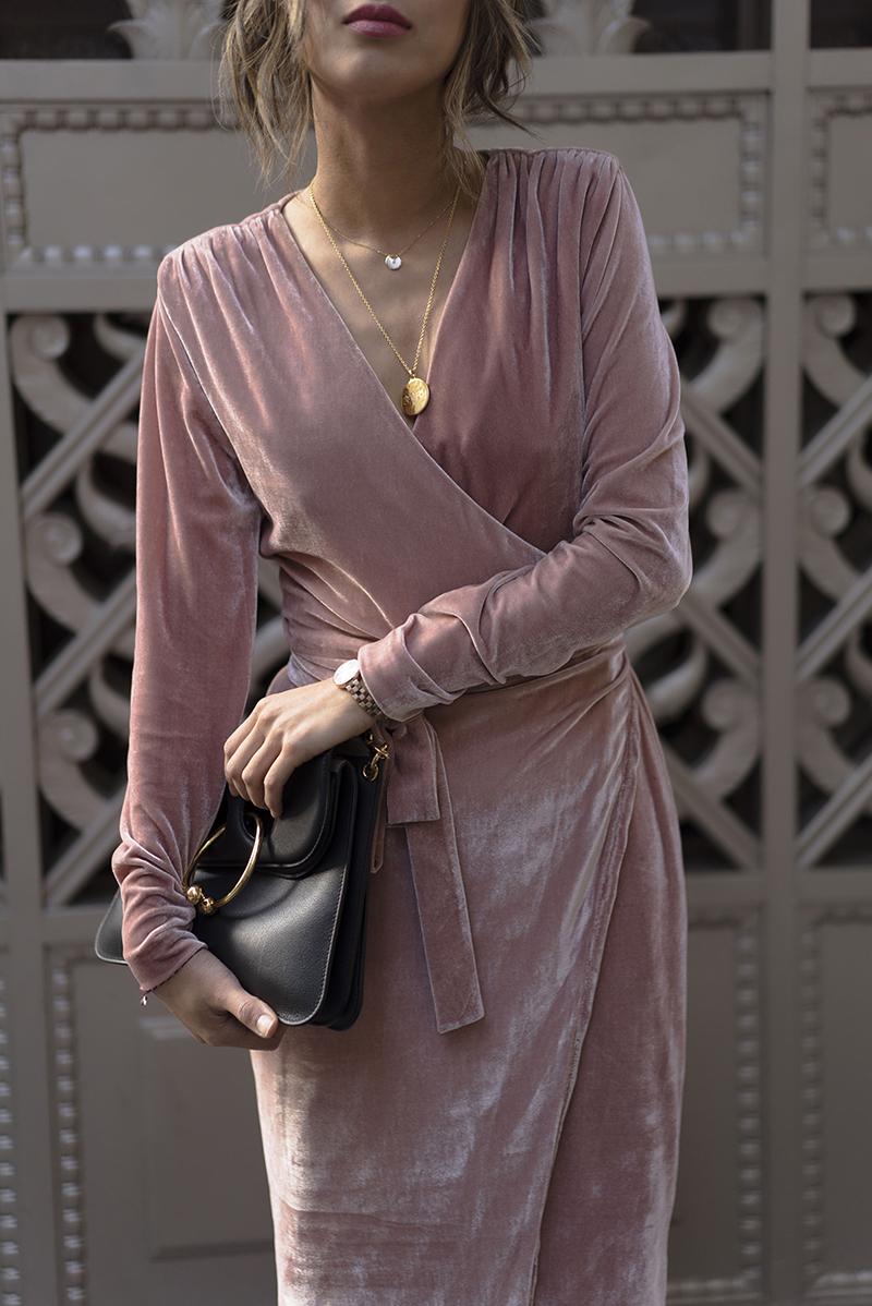 Andrea-Fenise-Velvet-Fashion-Inspriation