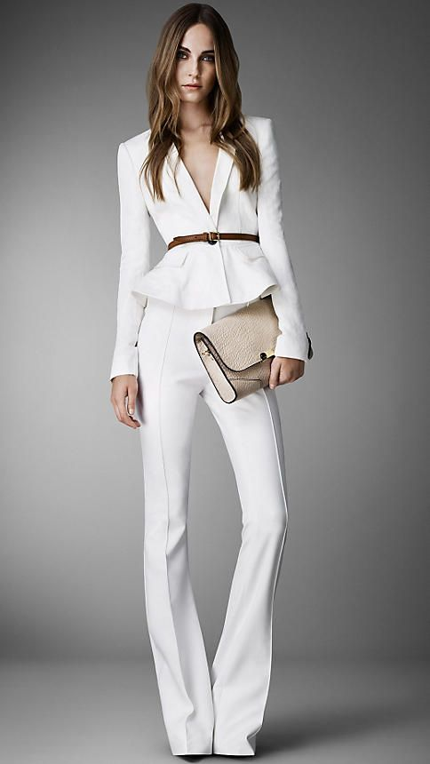 Andrea-Fenise-5-things-every-stylish-woman-should-have
