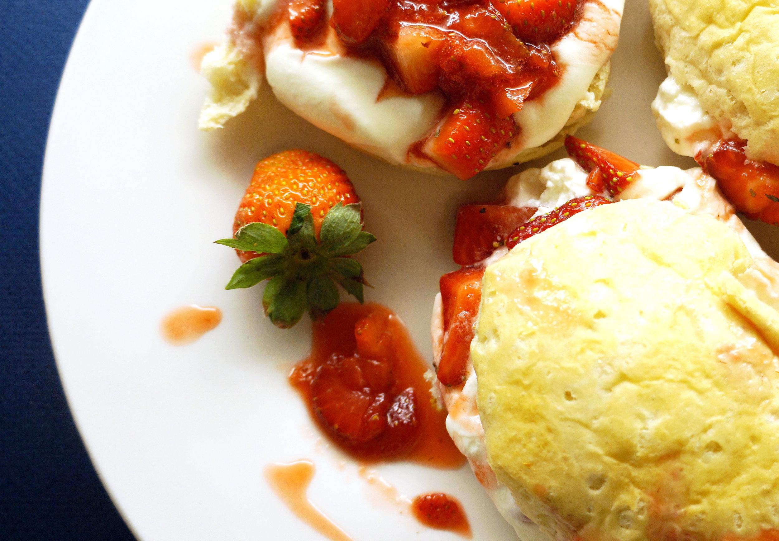Andrea Fenise Memphis Fashion and Food Blogger shares a strawberry shortcake recipe