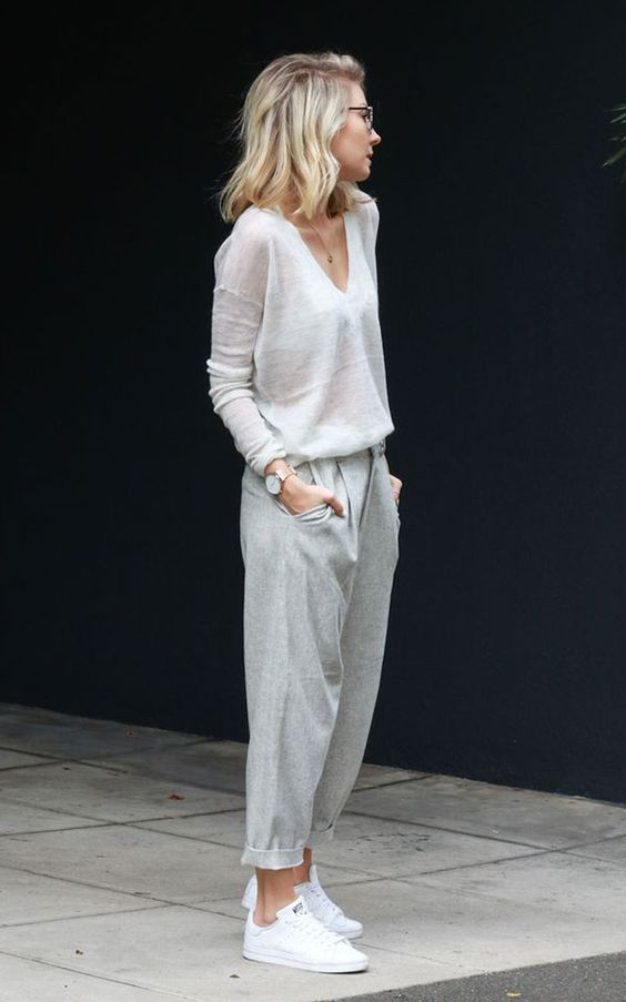 Andrea Fenise Memphis Fashion Blogger shares minimalist looks to recreate