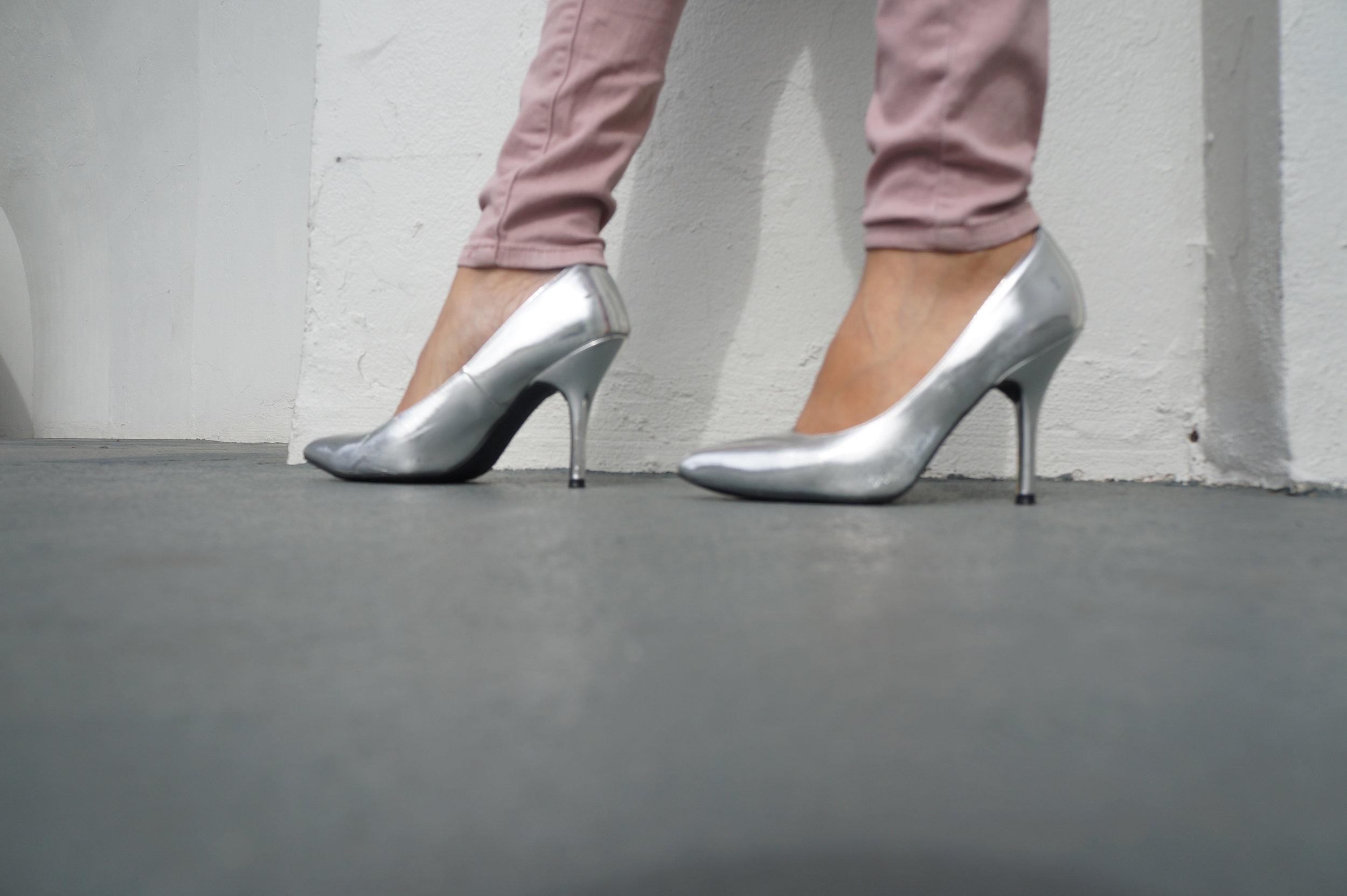 Andrea-Fenise-Metallic-Blouse-Blush-Pants