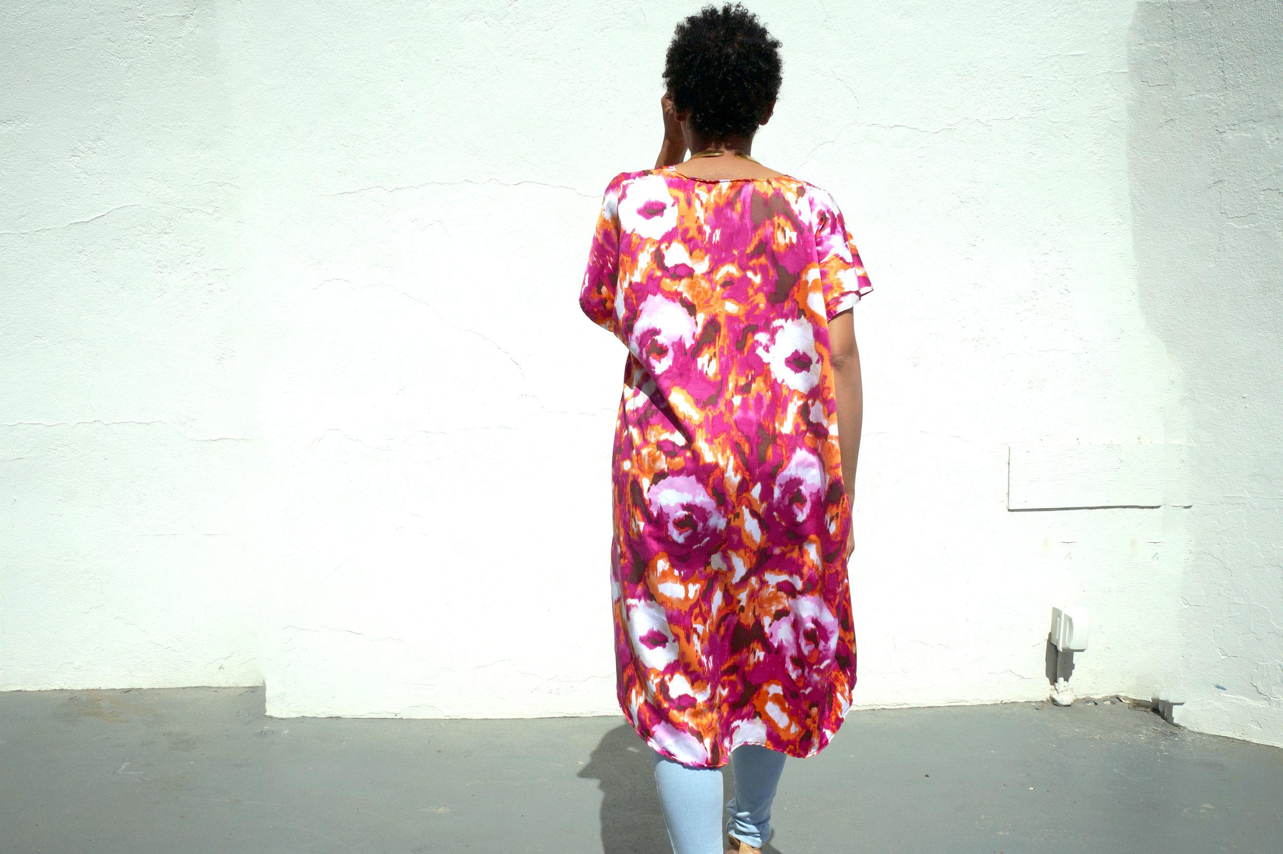 Andrea Fenise Memphis Fashion Blogger styles a kimono outfit