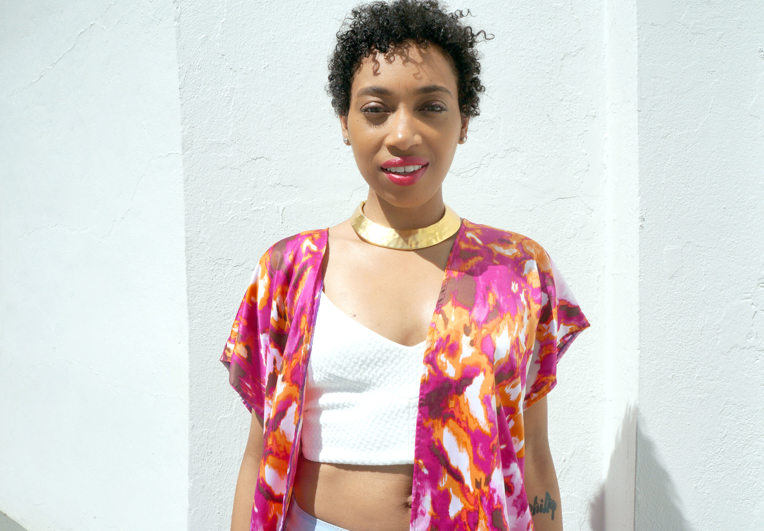 Andrea Fenise Memphis Fashion Blogger styles a kimono and cropped top