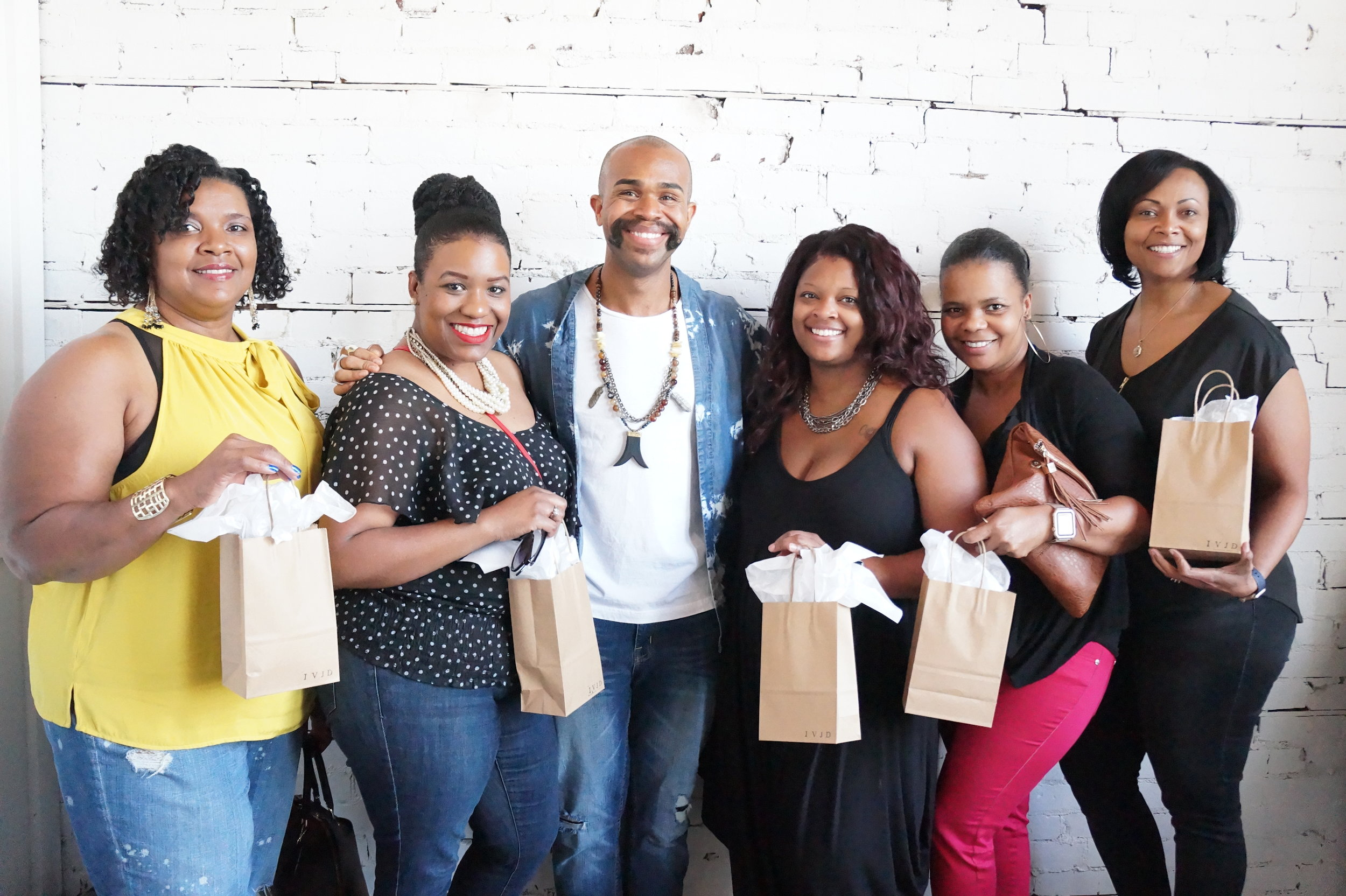 Andrea Fenise Memphis Fashion Blogger features Style in the City at IVJD Studio