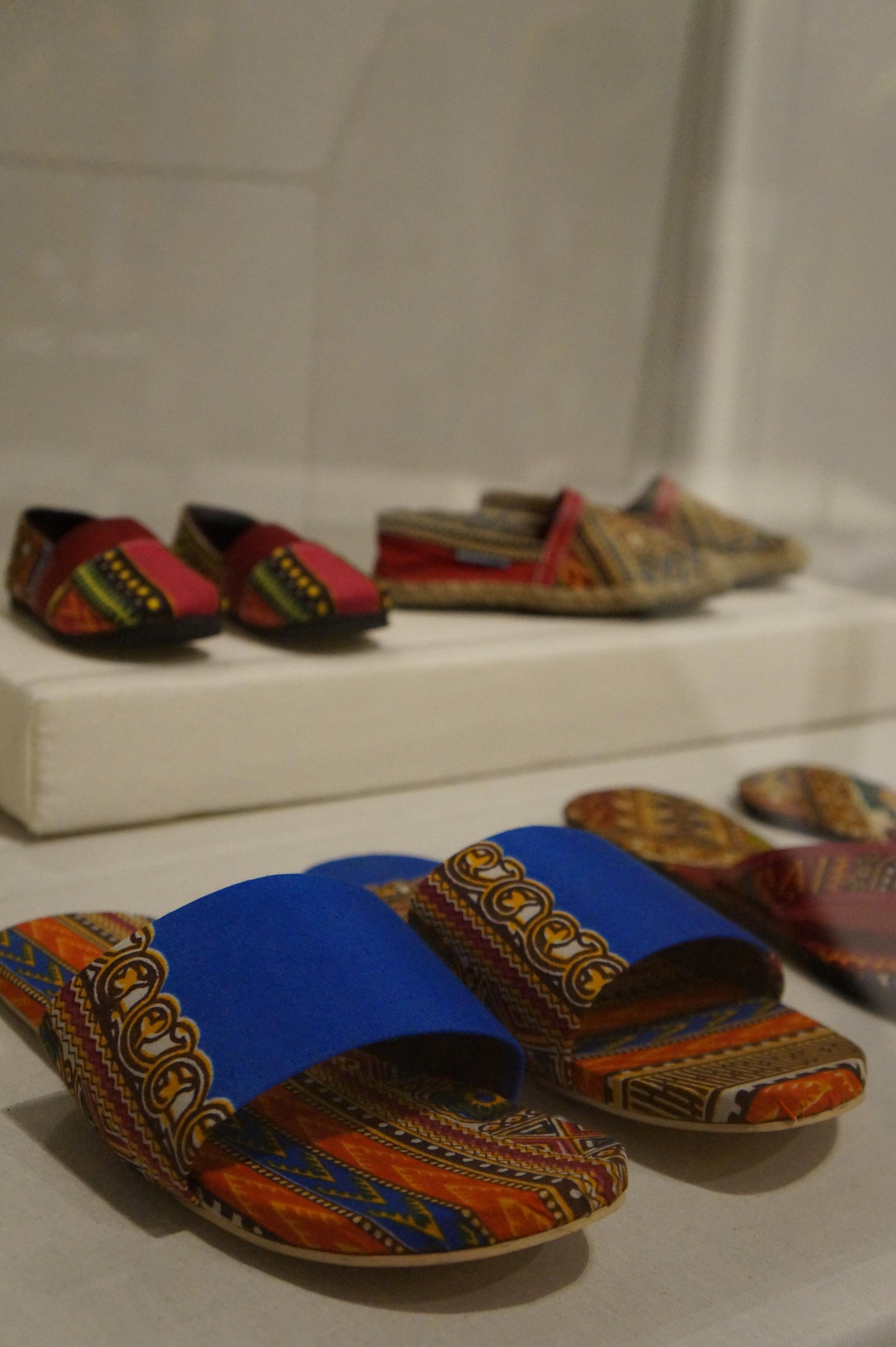 Andrea Fenise Memphis Fashion Blogger shares African Pritn Fashion Now exhibit