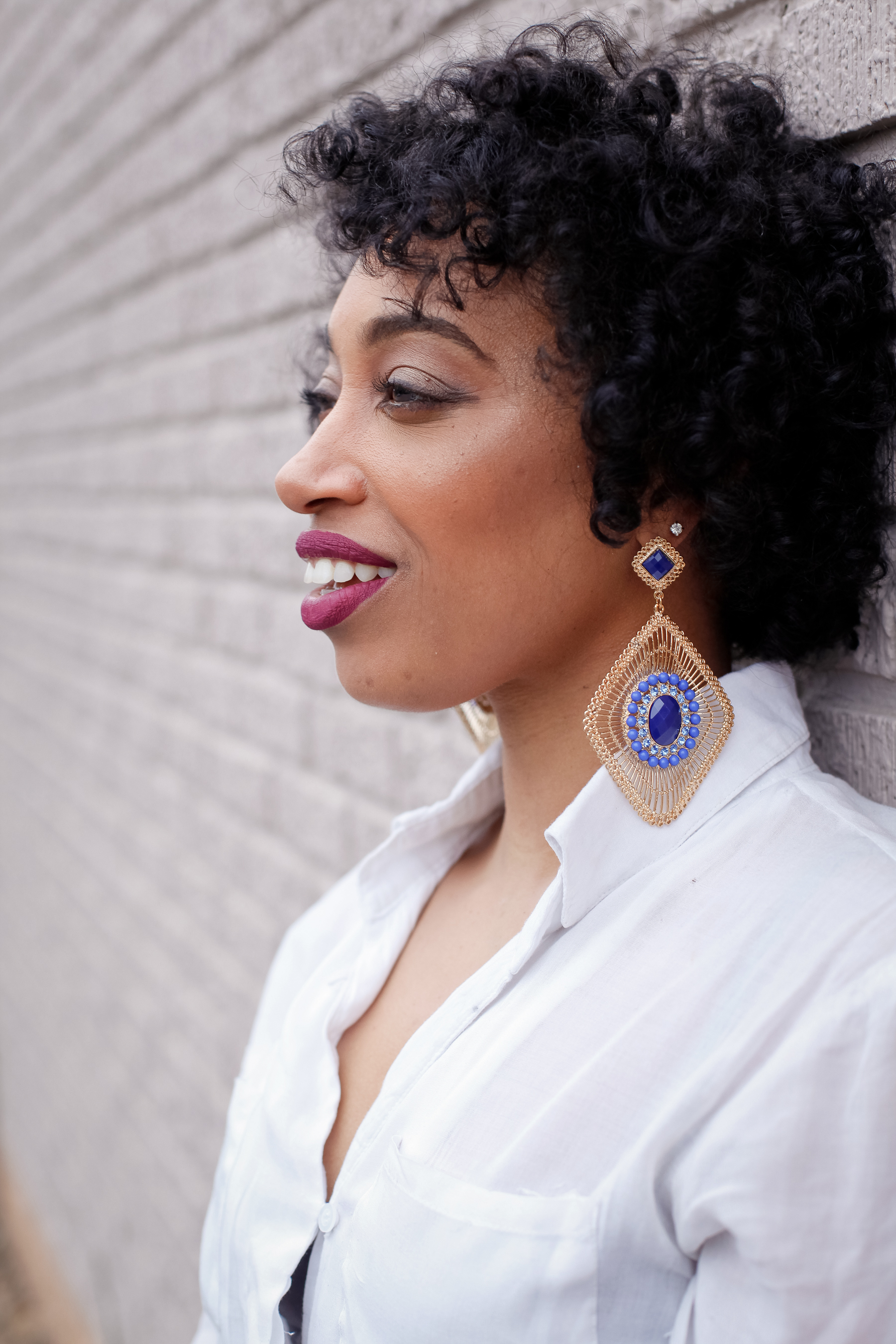 Andrea Fenise Memphis Fashion Blogger shares beauty looks at 30
