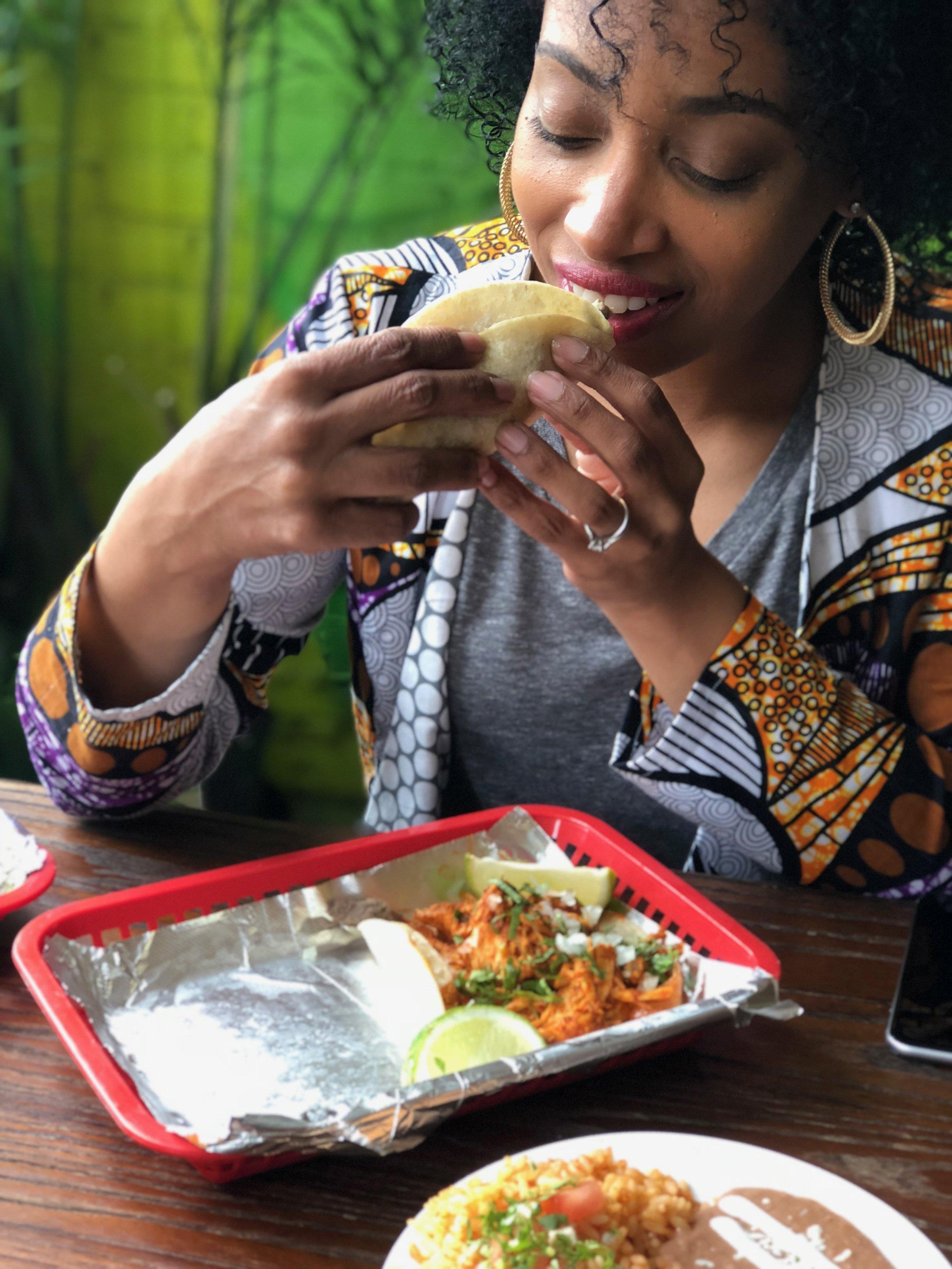 Andrea Fenise Memphis Fashion Blogger and Memphis Food Blogger reviews Maciel's Taco Shop