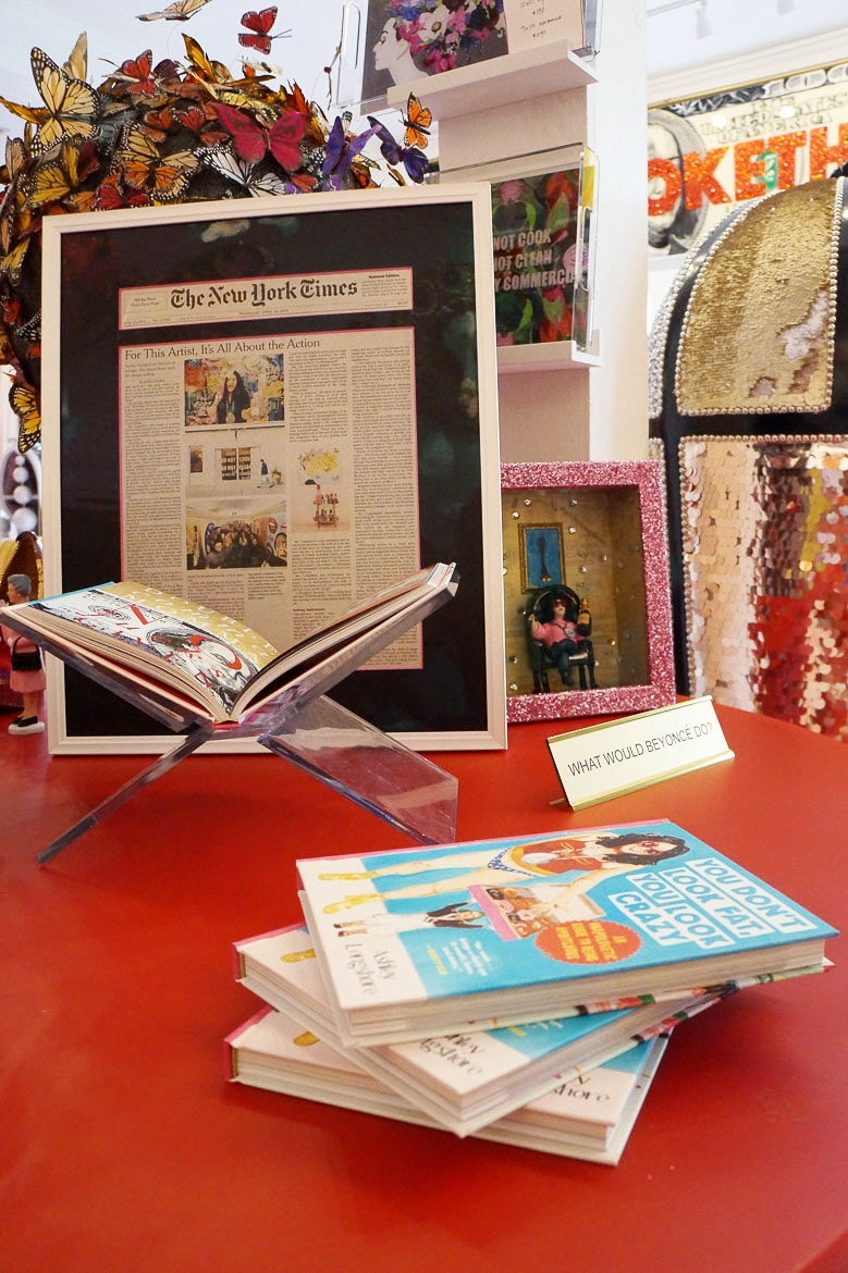 Andrea Fenise Memphis Fashion Blogger shares studio visit to Ashley Longshore Studio Gallery in New Orleans