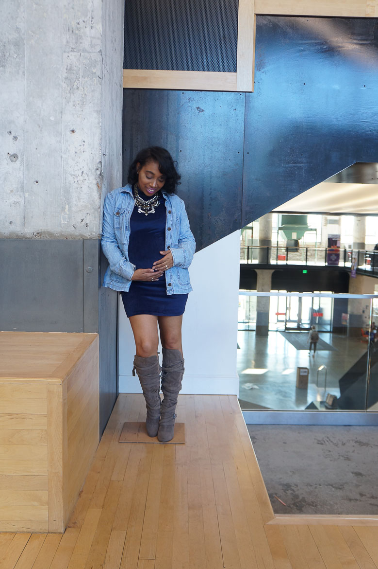 Andrea Fenise Memphis Fashion Blogger shares pregnancy style with a denim jacket and bodycon dress
