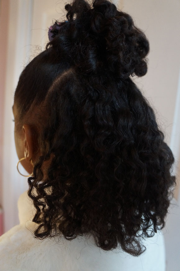 Andrea Fenise Memphis Fashion Blogger shares a natural hair braid out tutorial