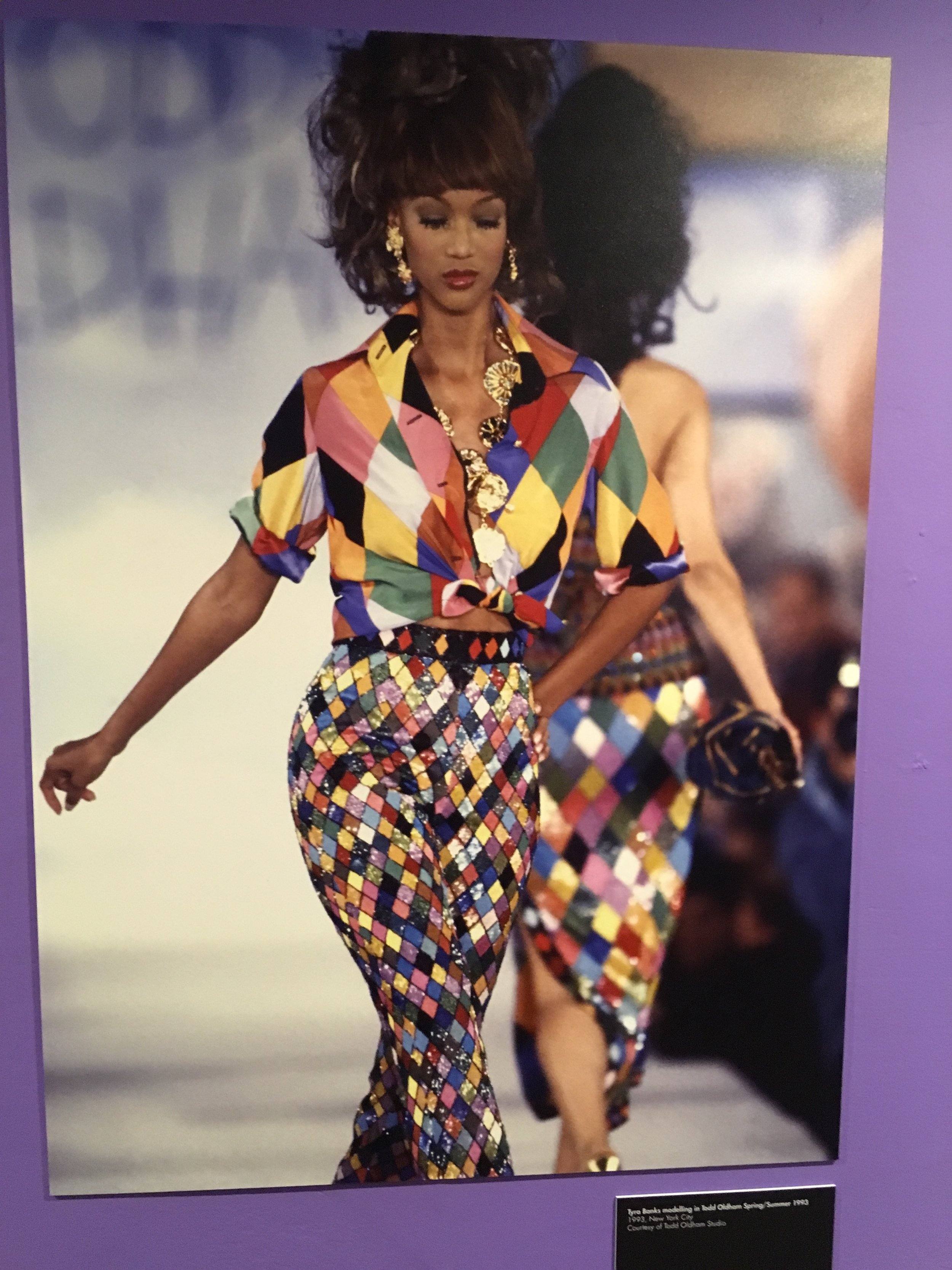 Fashion stylists London: Anna Sui's first runway show in 1991. This show earned her international acclaim.  (Love the harlequin print!).