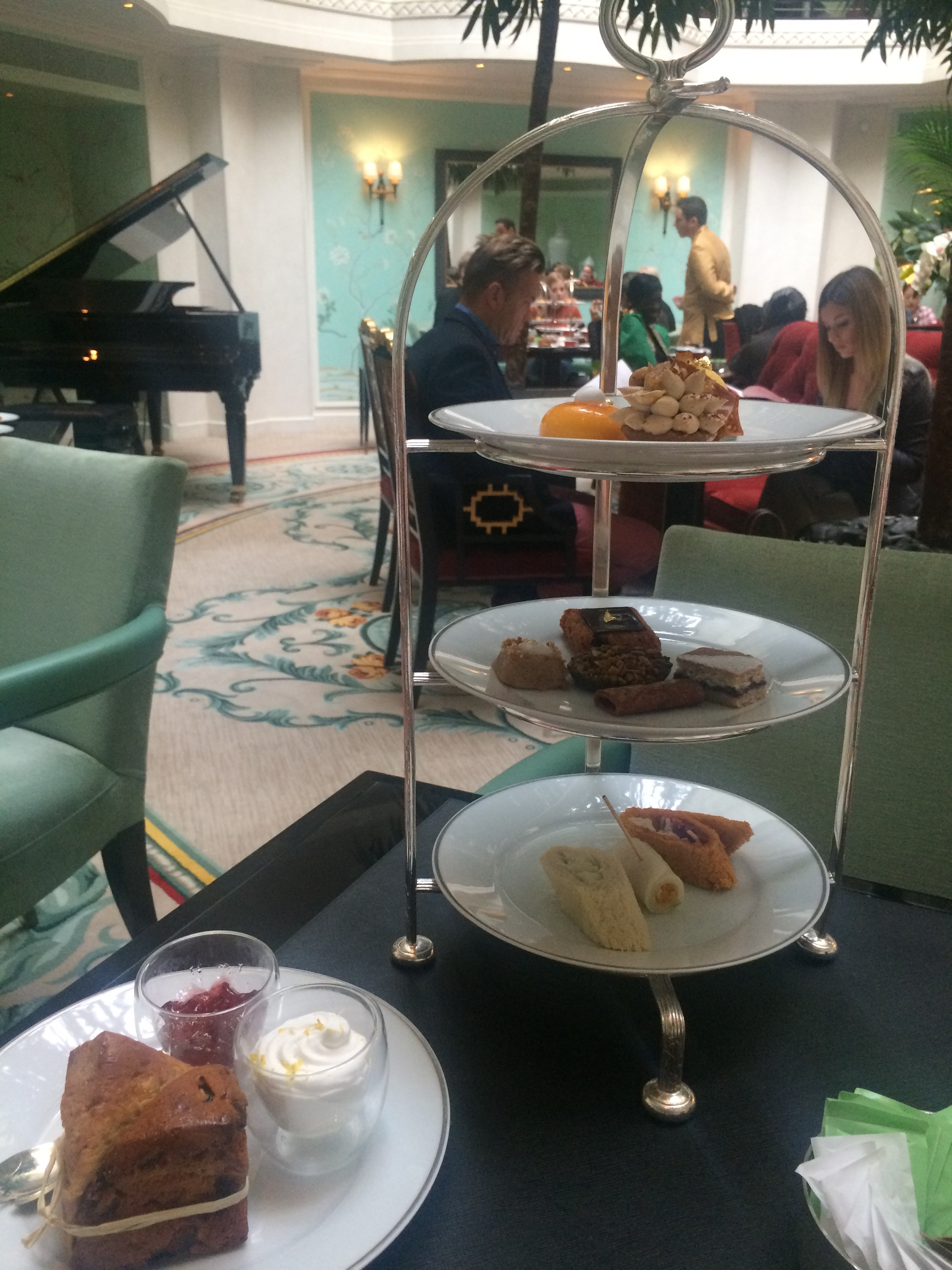 Fashion's favourite La Bauhinia - vegan High Tea at Shangri-La hotel