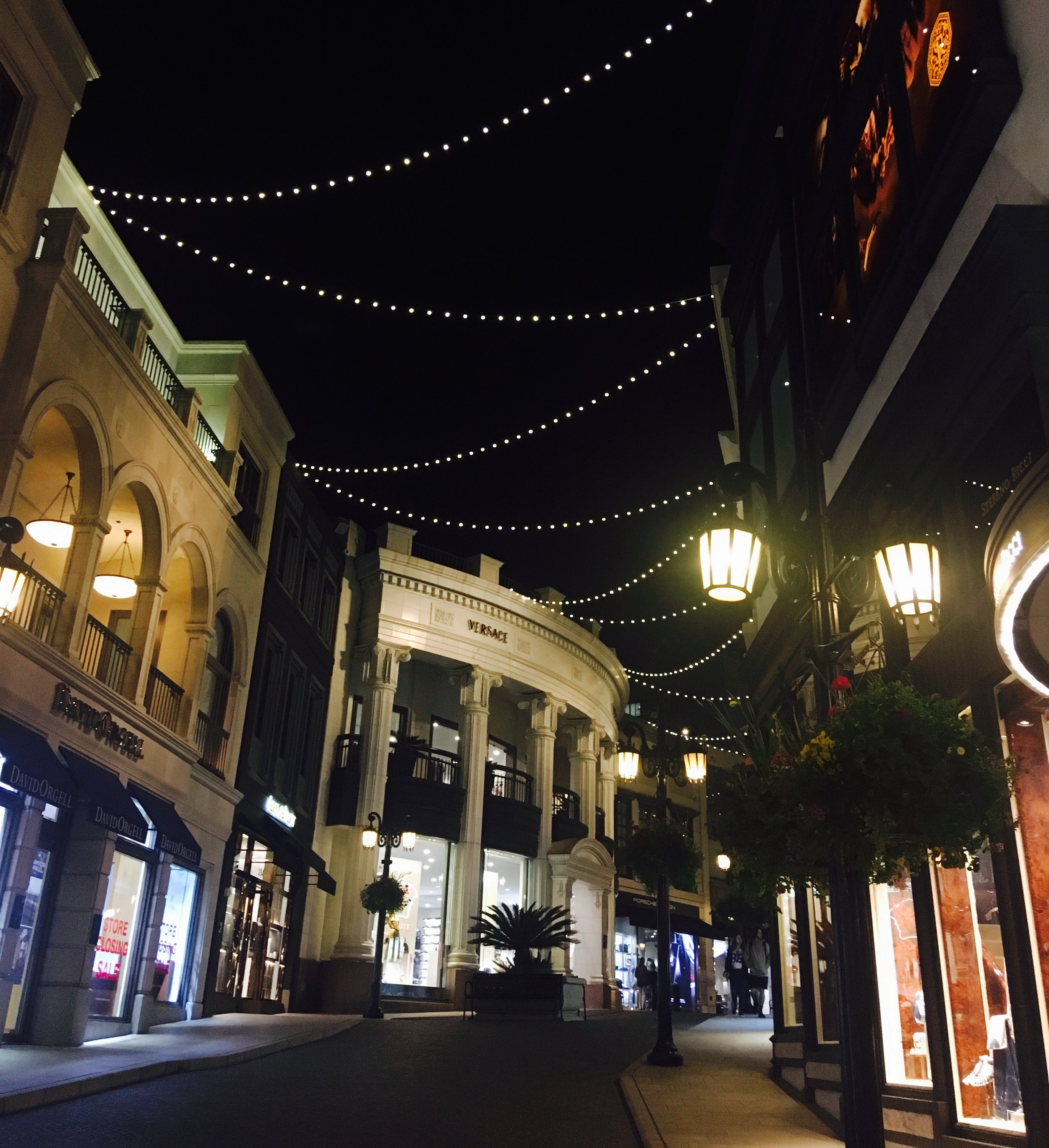 PERSONAL SHOPPER Los Angeles: The glittering lights of Rodeo Drive's Walk of Style