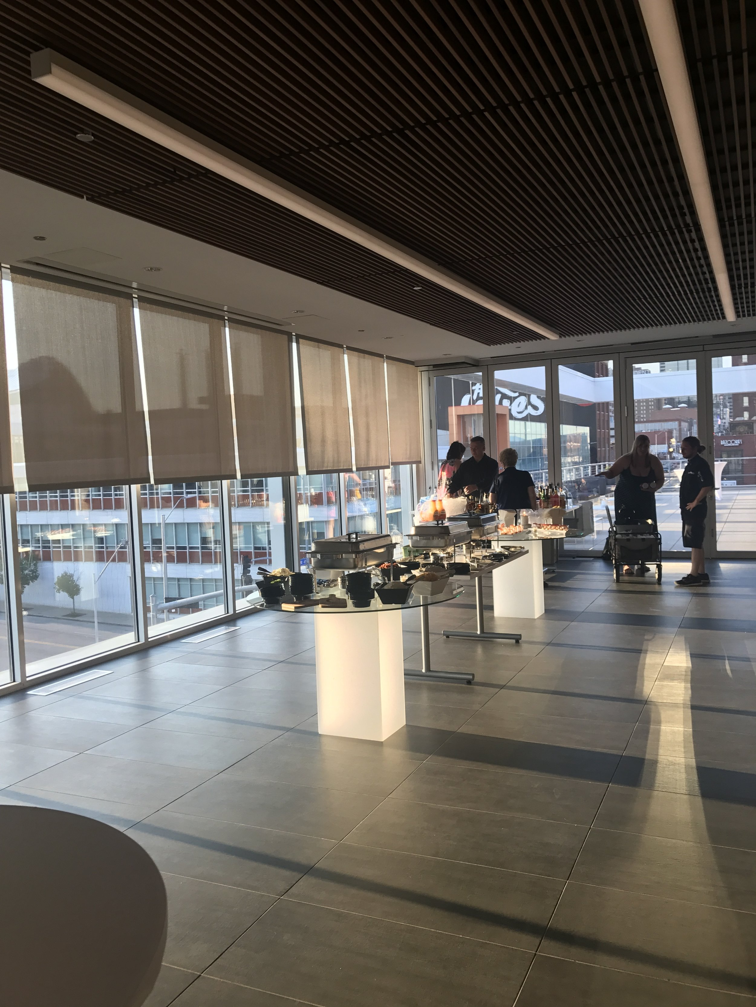 box-lunches-breakfast-buffett-appetizers-full-buffett-office-catering-lenexa-mission-hills-plaza-kcmo-organic3.jpg