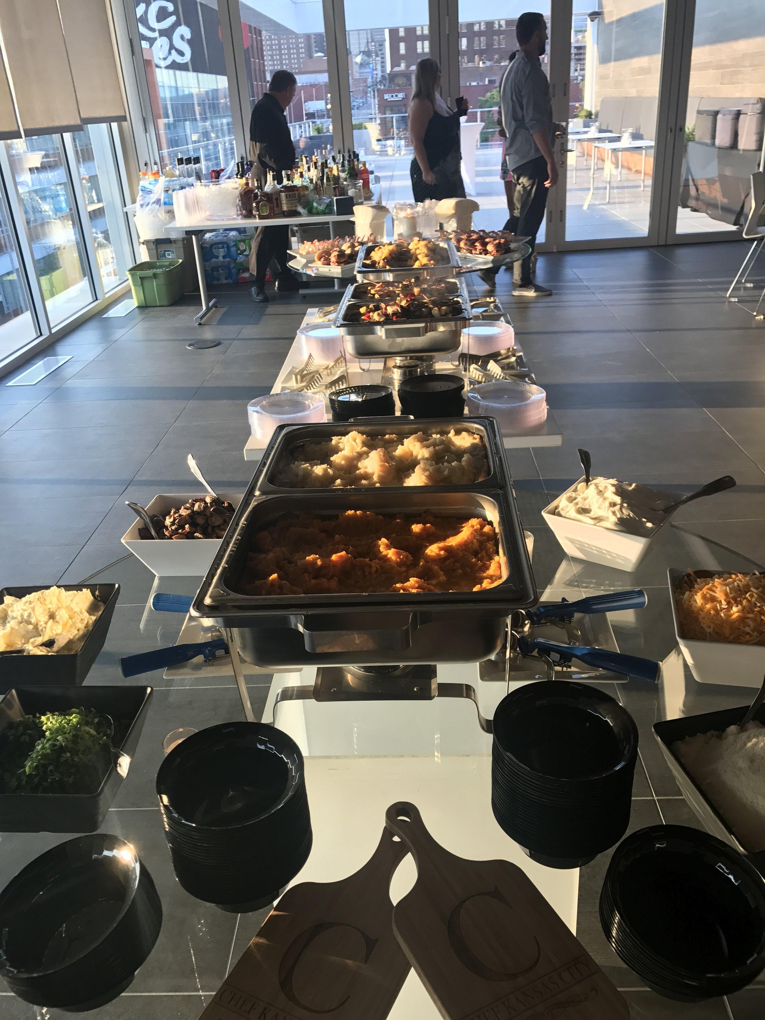 box-lunches-breakfast-buffett-appetizers-full-buffett-office-catering-lenexa-mission-hills-plaza-kcmo-organic4.jpg