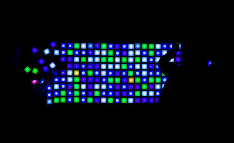 12_DesignMiamiBasel_220-pixel-edition_Photocredit-JamesHarris.jpg