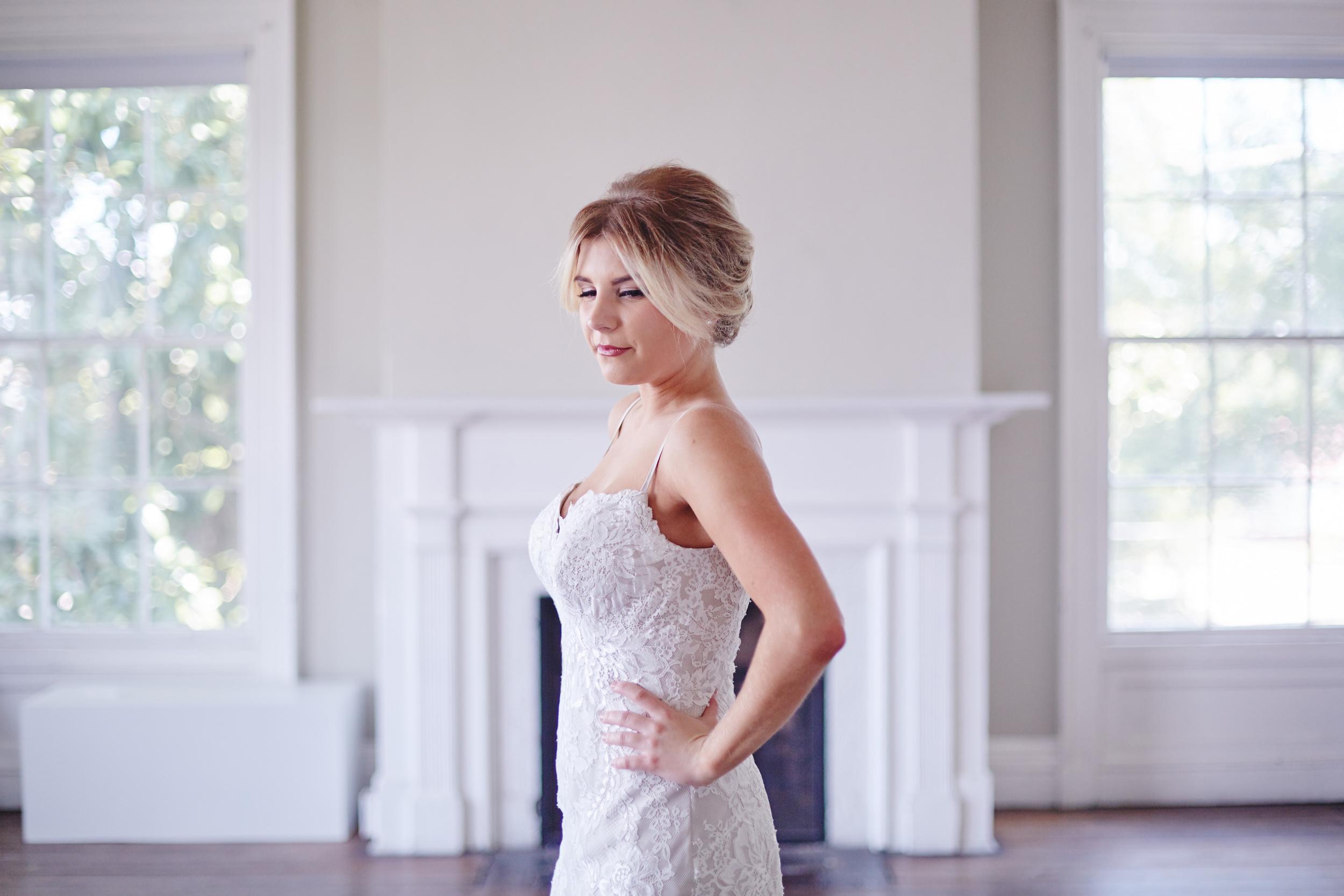 Styled_Session_Becca_Bridal_Portraits_Sarah_Tau_Photography_HOB_Studio_285 42.jpg