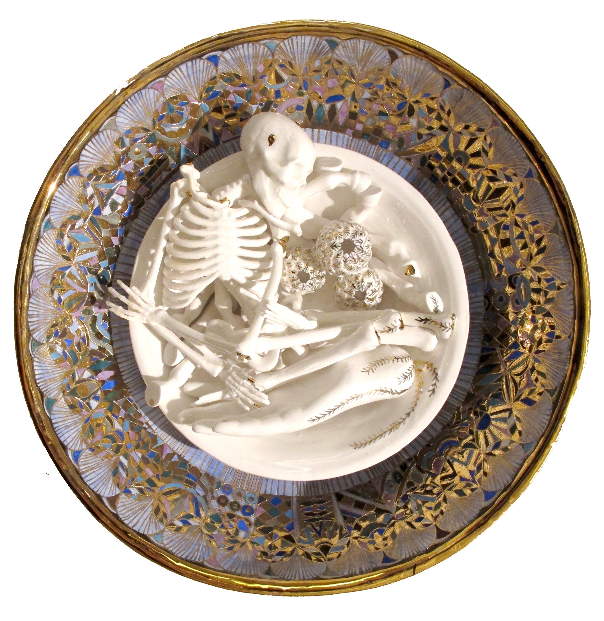 YHL_Skull and Hand plate_Porcelain 40x40cm.jpg