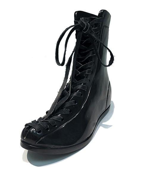 KL_Boxing Boots II_24x28x10cm_06_sm.jpg