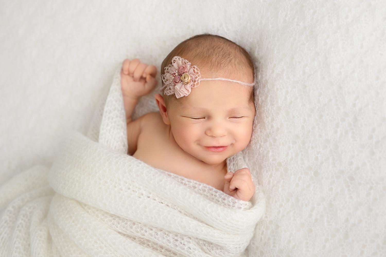 newborn photographer in London.jpg