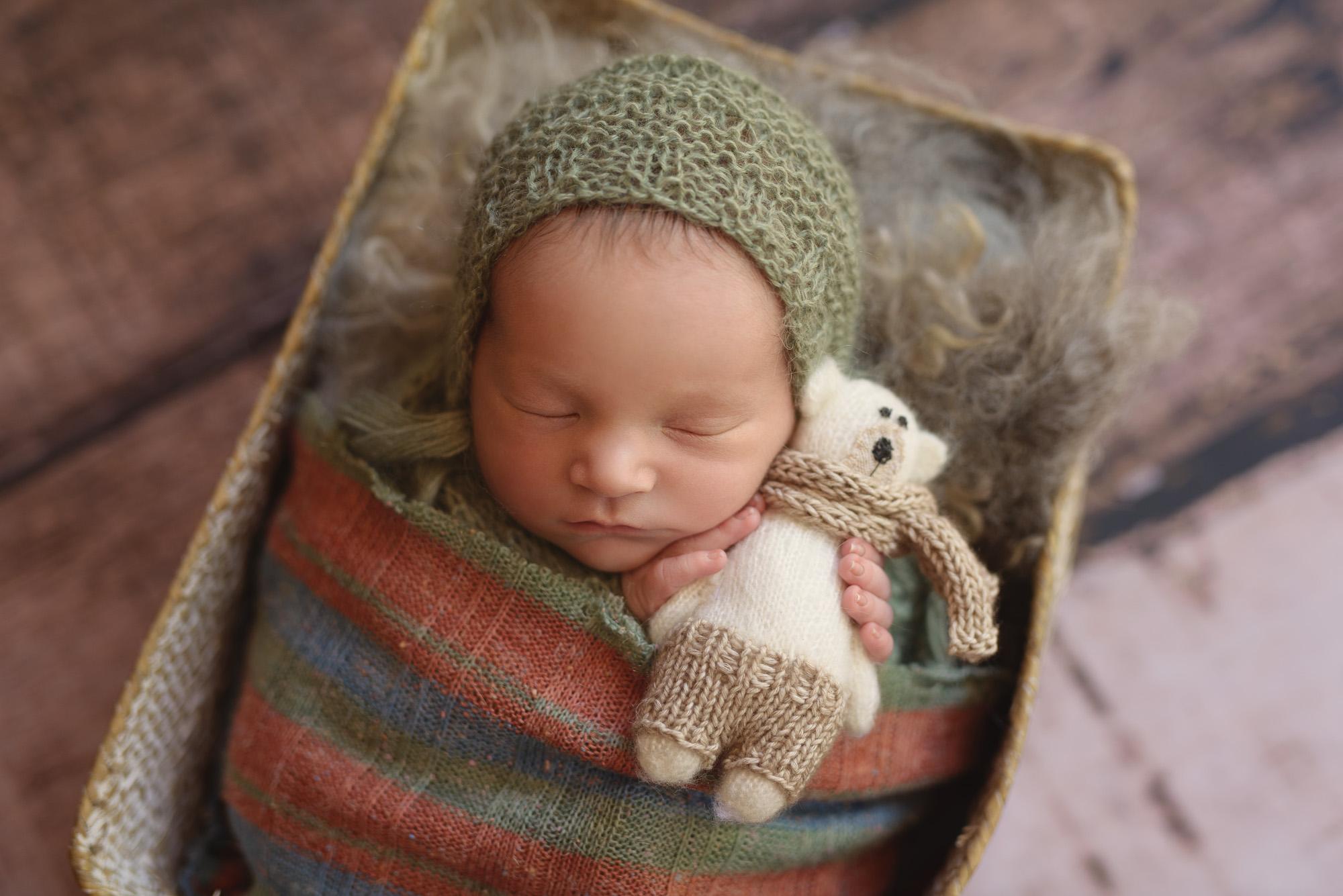 Putney Baby Photography :Chelsea Newborn photographer London.jpg