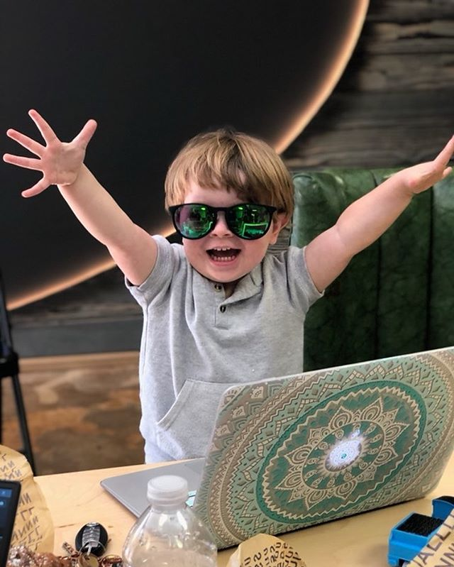 We had a team meeting today at the shop and I couldn't have done it without my little hype man. God I love this kid... . . .  #dadlife #woodwork #shoplife #littleman #cantstopwontstop #teamworkmakesthedreamwork #ilovemyjob #handsup