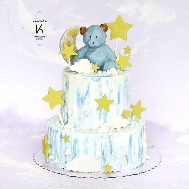 [Customised Yuzu cake]  Yuzu cake with Yuzu peels, buttercream , chocolate 🧸, crunchy base 💻 www.kravingk.com . 📱 +8️⃣5️⃣2️⃣ 6️⃣6️⃣0️⃣8️⃣ 3️⃣8️⃣3️⃣3️⃣ ——————————————————————— #Hkfood #hongkongfood #hkfoodporn #hkfoodstagram #hkdessert #hongkongcakes #hkpastry #hkpatisserie  #cakestagram #dessertporn #hkcake  #hongkongcake #hkcakeshop #kravingk #hkbakeryshop #pastryart  #chefstalk #pastrydelights #pastryinspiration #訂蛋糕 #百日宴 #散水餅 #網上蛋糕店 #hkonlinebakery #chefsgossips #香港蛋糕店 #cloudcake