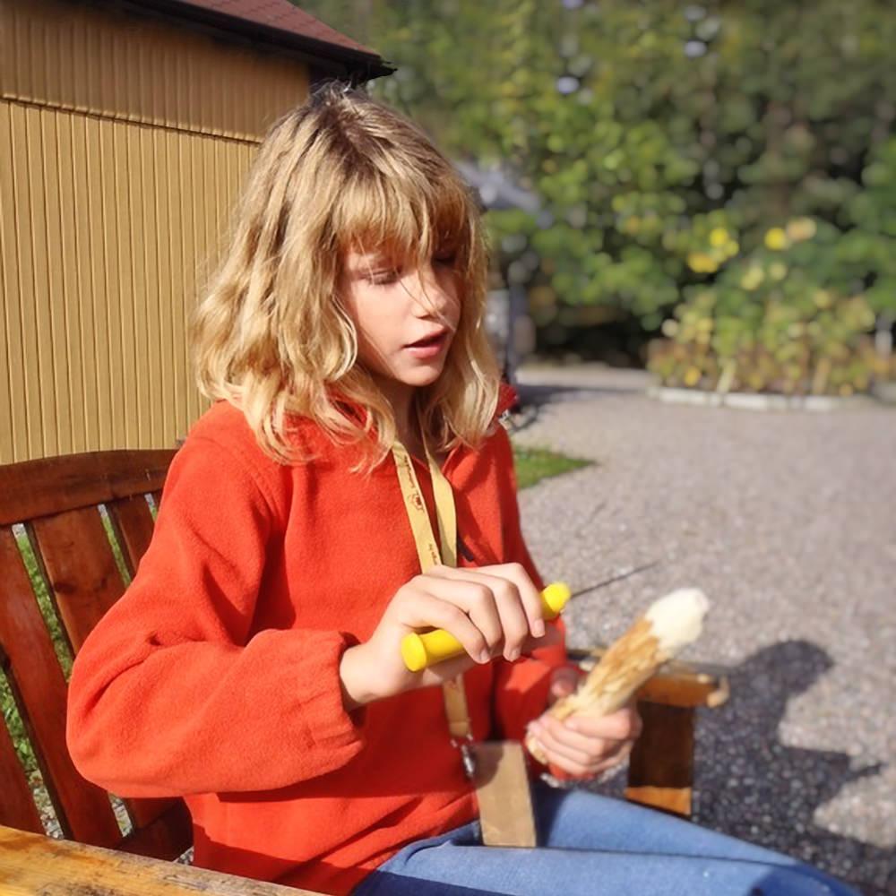 Eftersom Solberga ärett litet ställe så känner barnen till namnen på alla vuxna, somvaktmästarna, rektorn och verksamhetschefen. Detskapar en känsla avtrygghet att veta vilka som finns runt omkring.