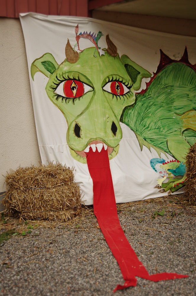 Den innehåller en hemsk drake, något som får de flesta att känna skräckblandad förtjusning.