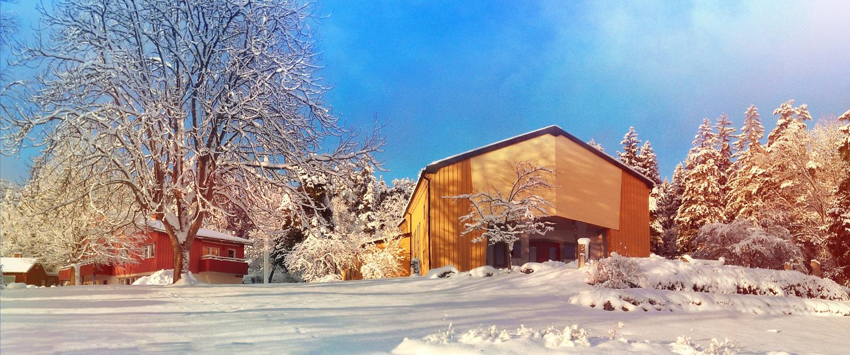 Arken, vår aula där vi samlas varje dag för att säga godmorgon och adjö, ligger högst upp på Solberga.