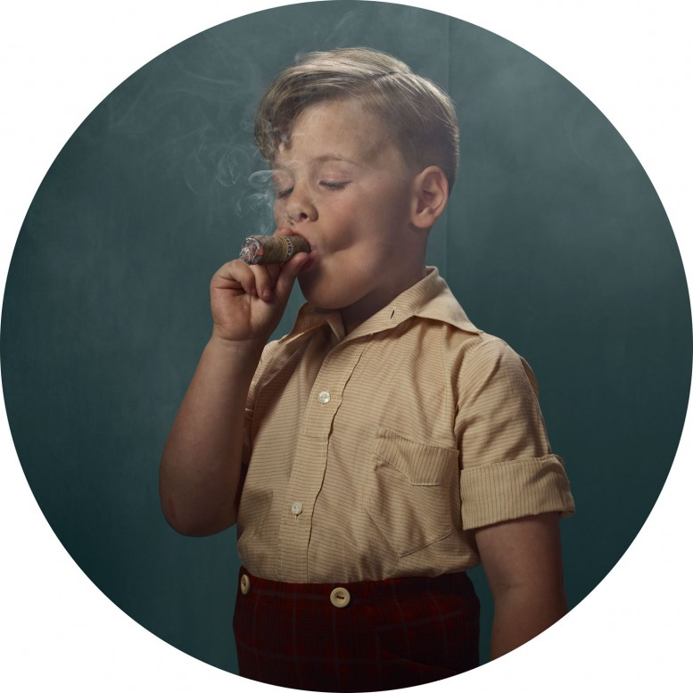frieka_janssens_smoking_kids_1
