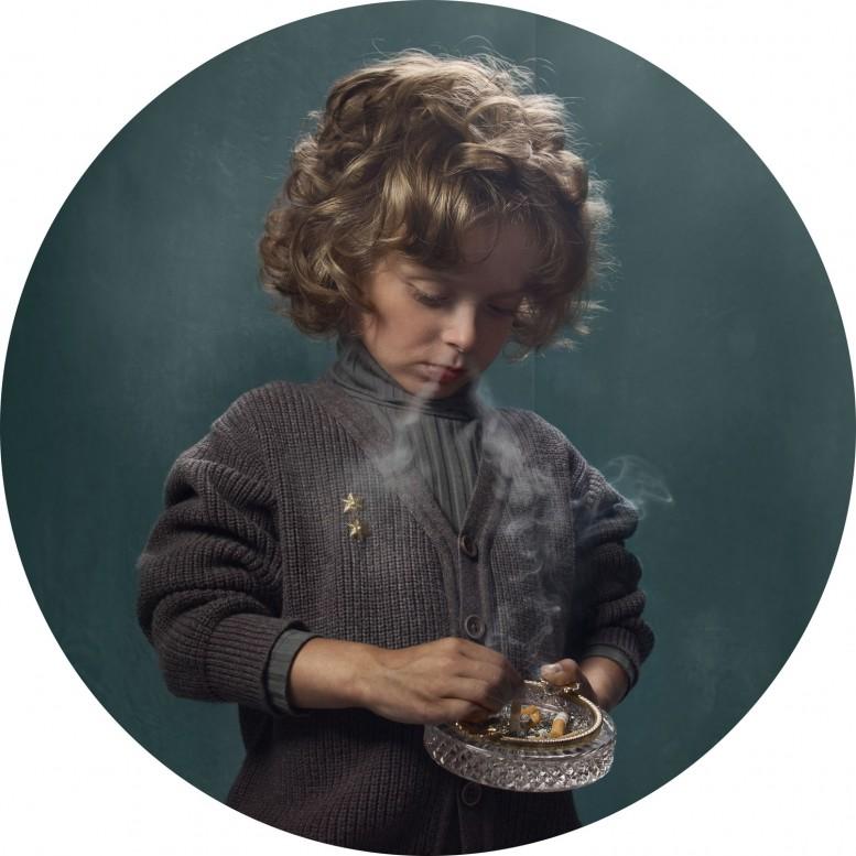 frieka_janssens_smoking_kids_5