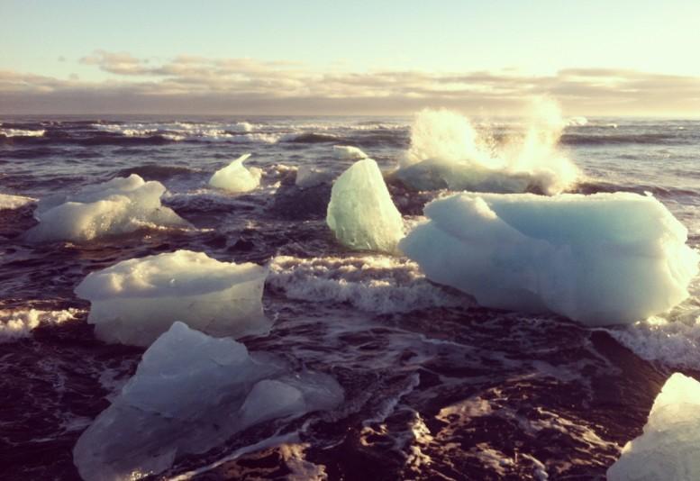 dustin_lynn_surf_trip_iceland_11