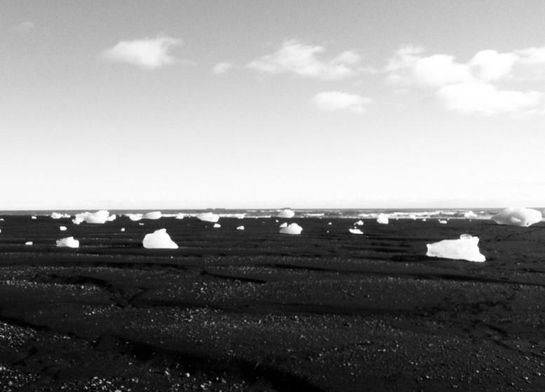 dustin_lynn_surf_trip_iceland_6